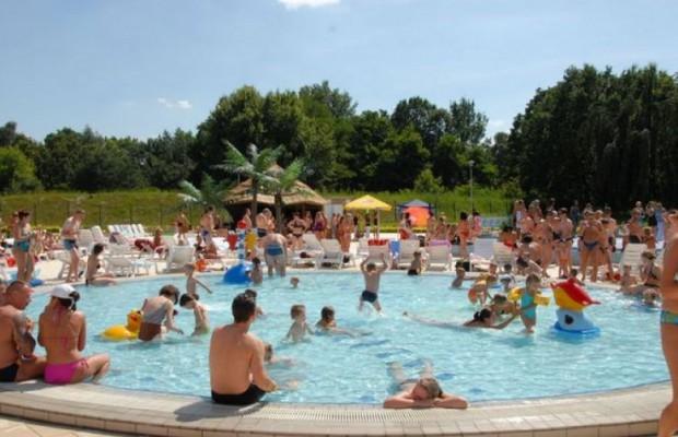 Łódzki aquapark popularny kosztem innych miejskich kąpielisk?