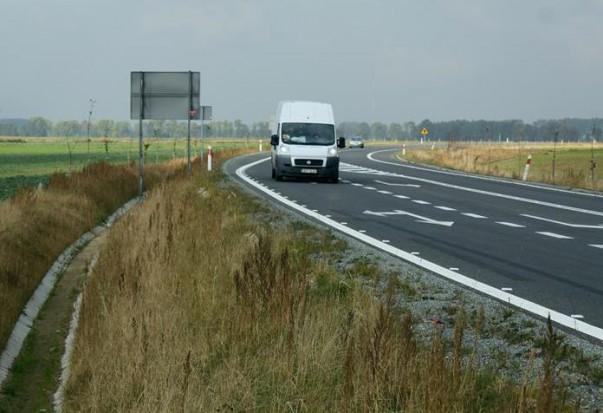 Opolskie: pierwsze inwestycje drogowe z RPO mają poprawić dojazd do A4