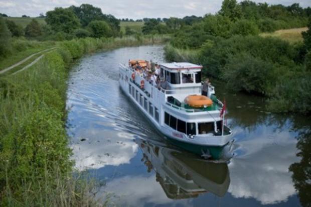 Sytuacja żeglowna na kanale elbląskim: brakuje 20 cm wody