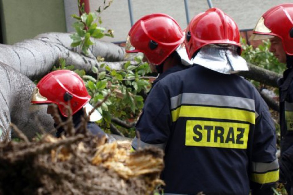 Burze i nawałnice nad Polską: prawie 8 tys. interwencji strażaków w dwa dni