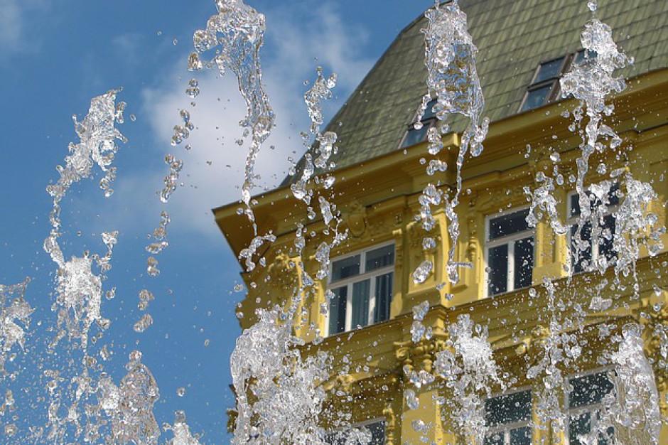 Uwaga na miejskie fontanny. Są niebezpieczne