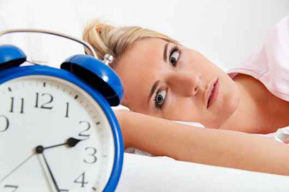 W którym regionie mieszkańcy śpią najkrócej i najdłużej dojeżdżają do pracy?