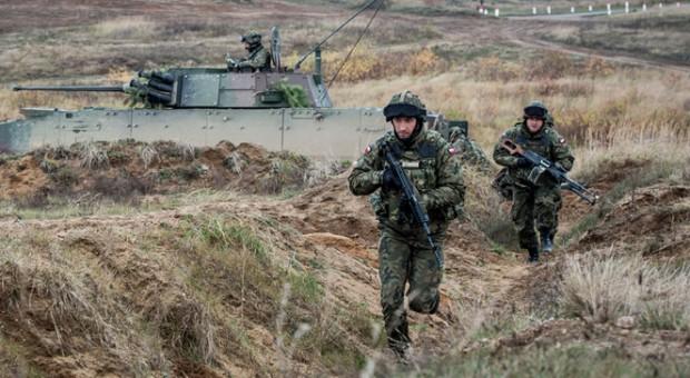 Jak układa się współpraca samorządów i wojska?