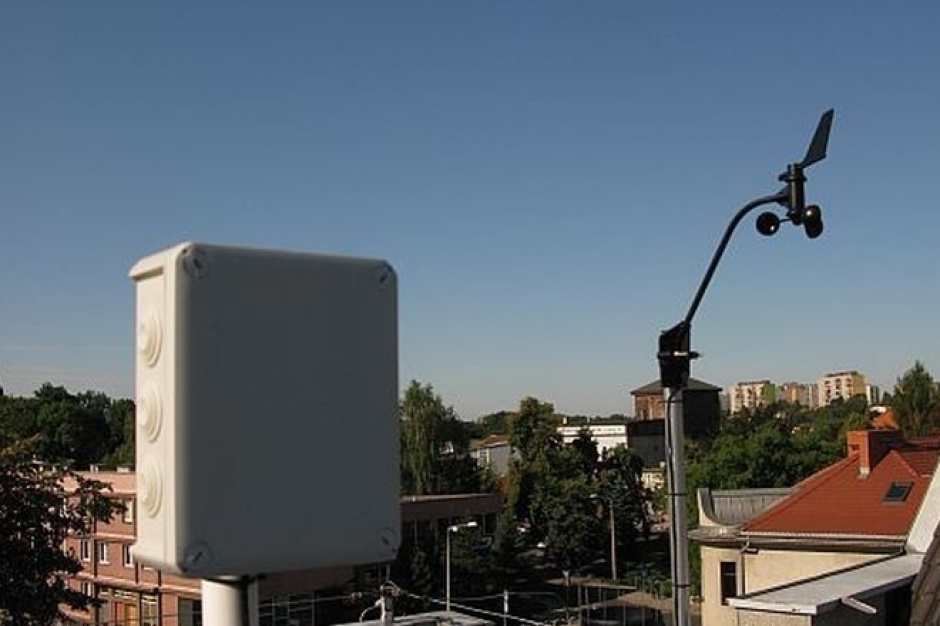 Rybnik: Detektor burz i stacja meteorologiczna na dachu urzędu
