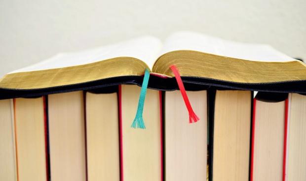 Trzy czwarte dotacji na podręczniki już  wypłacone