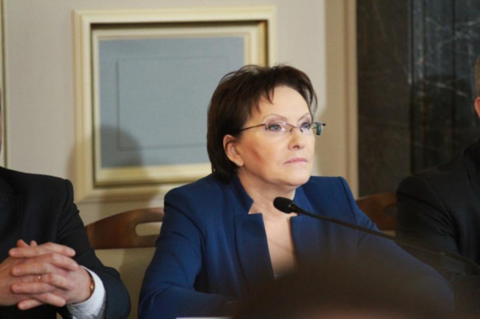 Polska powiatowa zwija się? Kopacz: to kłamstwa