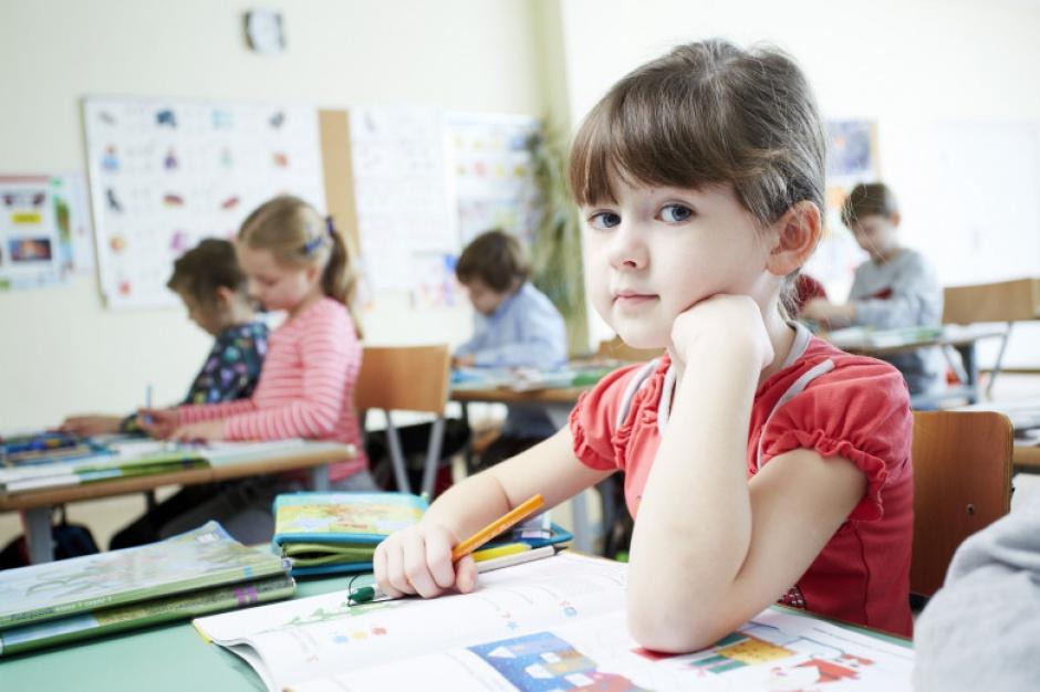 Wyprawka szkolna: Jak obliczyć kryterium dochodowe?