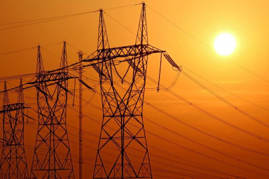 Do piątku bez ograniczeń w dostawach prądu