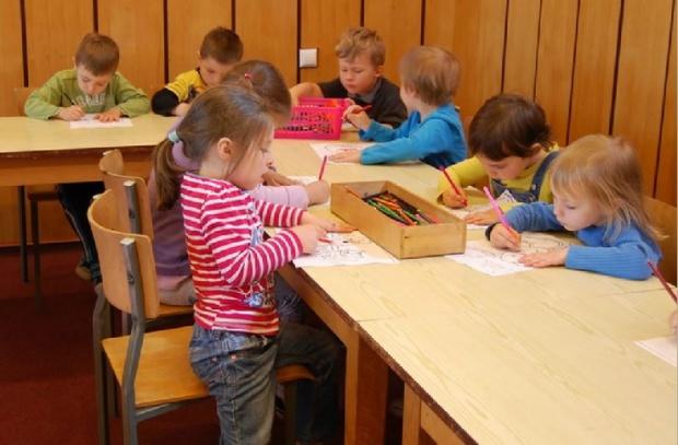 Dofinanowanie żłobków i przedszkoli: Pracodawca dopłaci do dzieci pracowników bez podatku