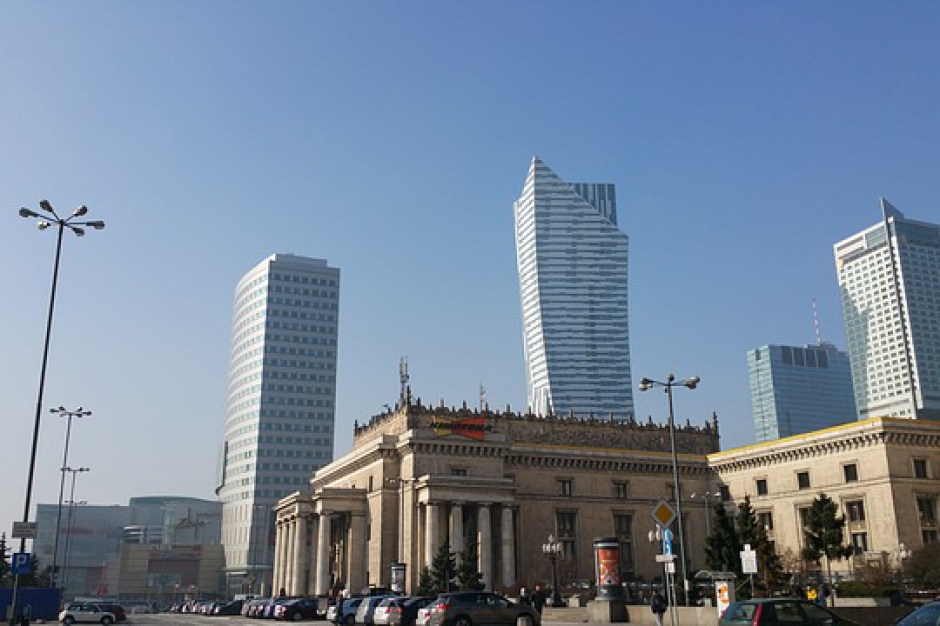 Spalenizna w Warszawie: kumulacja wielu niekorzystnych zdarzeń
