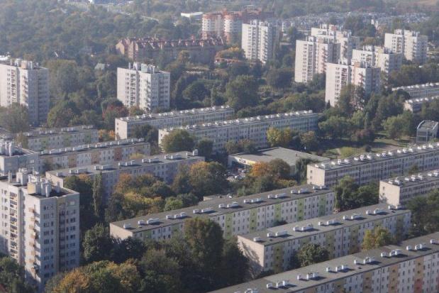 Mieszkania komunalne, Kraków kupuje lokale