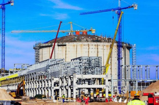 Gazoport w Świnoujściu powinien zostać szybko dokończony