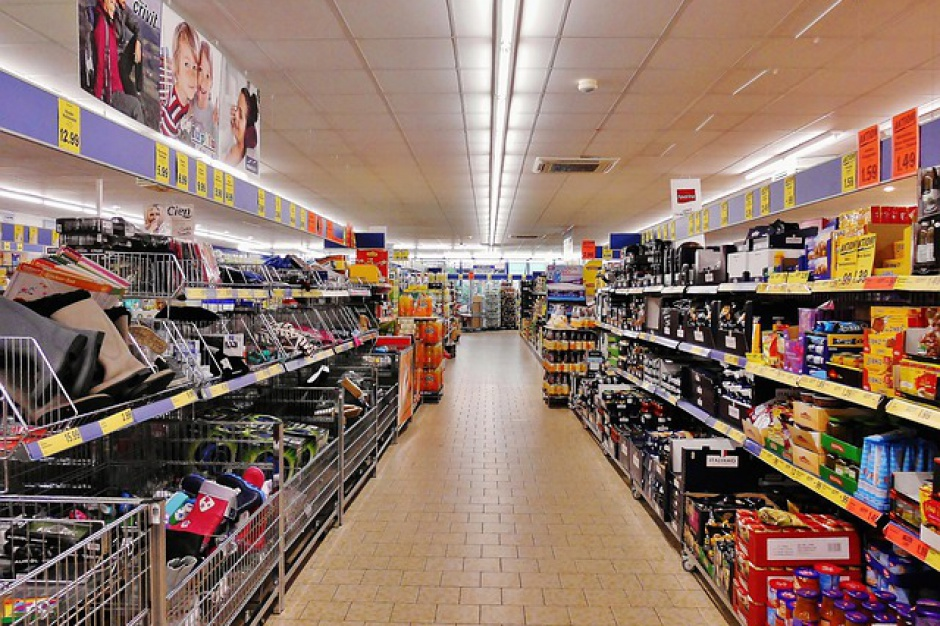 Będzie trudniej budować duże markety w polskich miastach?