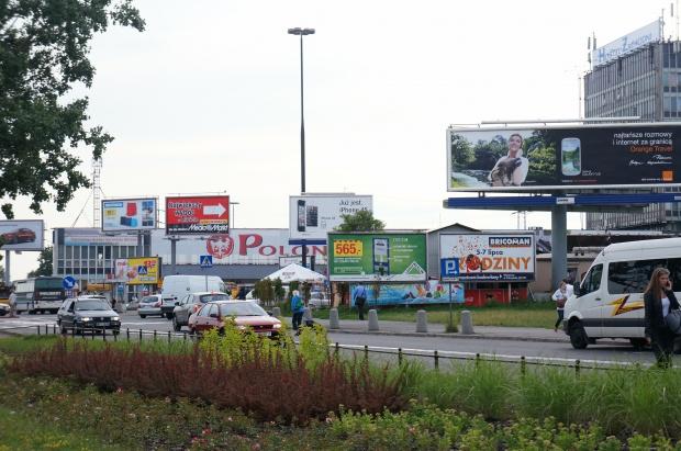 Gronkiewicz-Waltz: walka z reklamami jak najszybciej