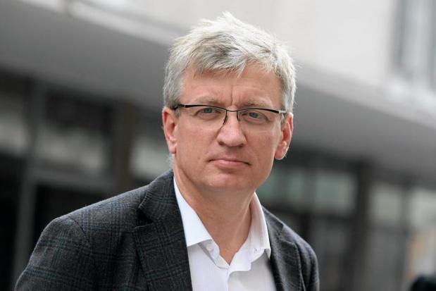 """Jacek Jaśkowiak: """"Nie będziemy inwestować w dalszą rozbudowę dróg, bo to nie rozwiązuje problemu"""""""