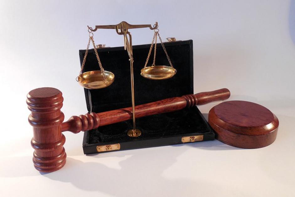 34 zarzuty dla byłego wójta Piekoszowa