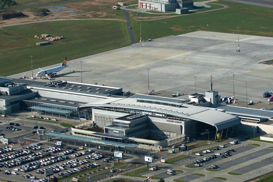Lotnisko w Poznaniu modernizuje drogę startową