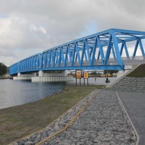 Wraz z mostem powstały trasy dojazdowe: od strony zachodniej łączącej obiekt z ulicą Ludową, od strony wschodniej – z układem komunikacyjnym na wyspie Ostrów Brdowski. Fot. Mat. prasowe