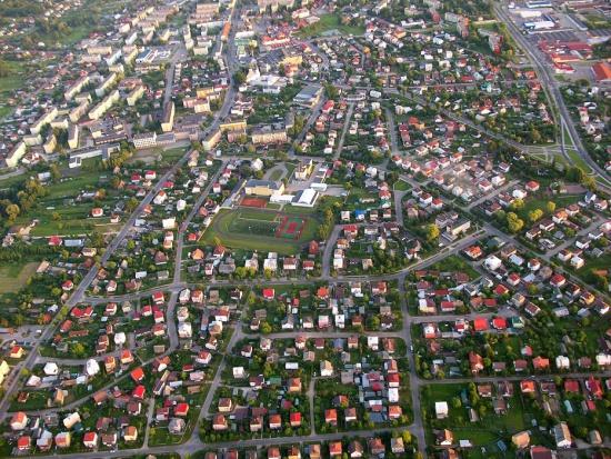 Samorządy i środki unijne już nie są w stanie napędzić małych i średnich miast. Tylko biznes i talenty mogą to zrobić?