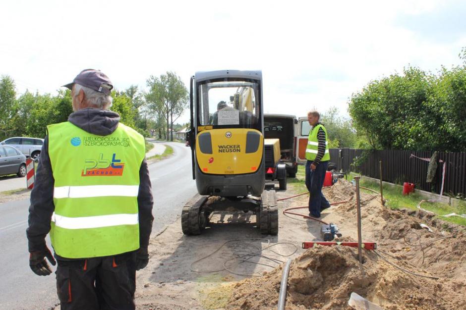Zakończono budowę i wyposażanie Wielkopolskiej Sieci Szerokopasmowej