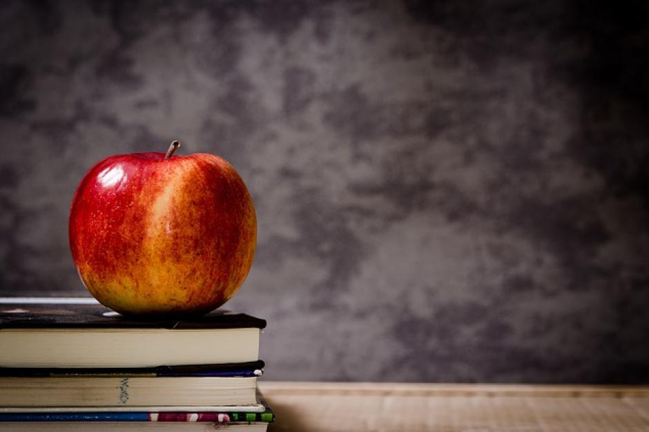 Znikają szkolne sklepiki