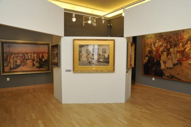 """Suwałki: 7 tys. widzów na wystawie """"Egzotyczna Europa"""""""