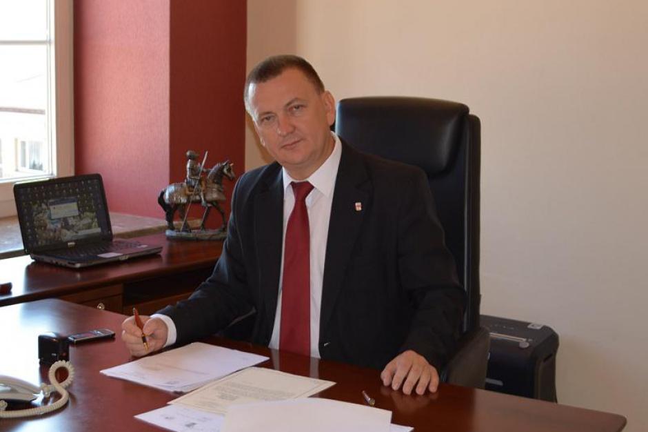 Praca w samorządzie: Kadencje wójtów, burmistrzów i prezydentów trzeba wydłużyć do 7 lat