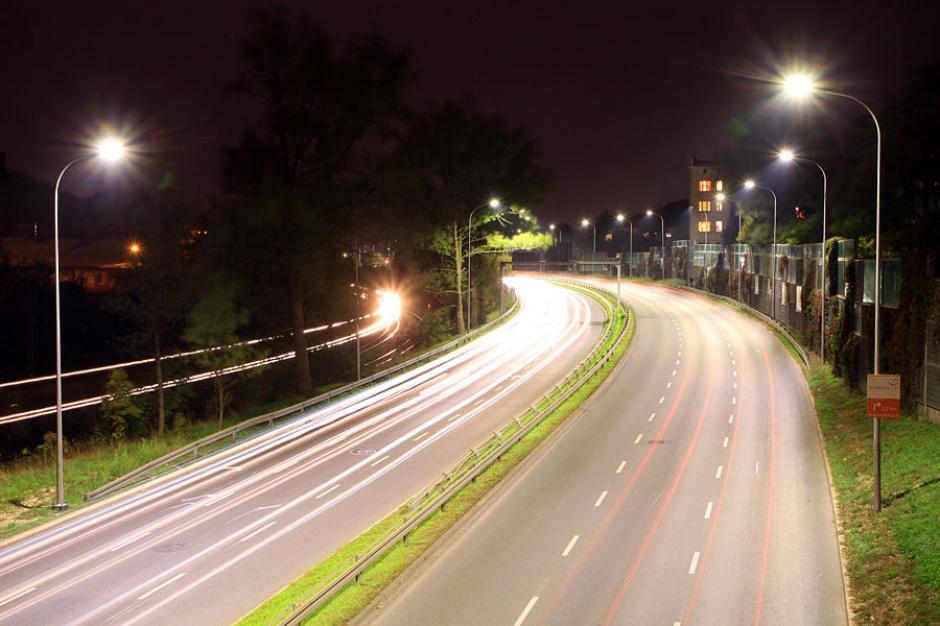 Kraków: Lepsze światło, mniej za prąd