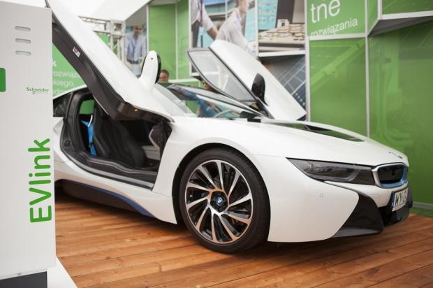 Samochody elektyczne, Smart Cities: jak przyszłość aut na prąd?