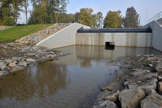 Kraków: zbiornik retencyjny na Serafie oddany do użytku