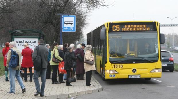 Tramwajami i autobusami na Śląsku za darmo. 1 listopada