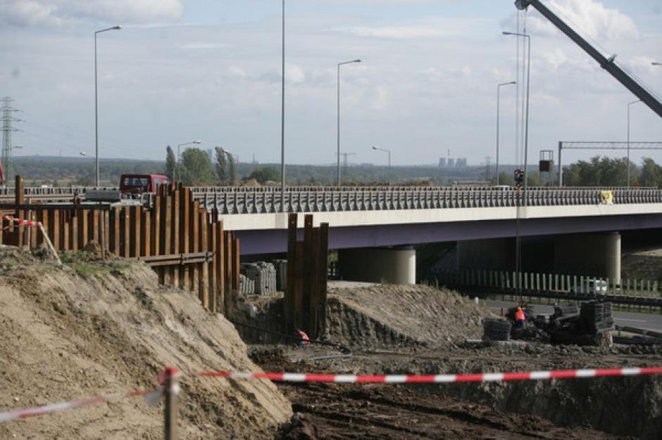 Ponad 200 km dróg w 10 lat. Drogowy program dla Śląska