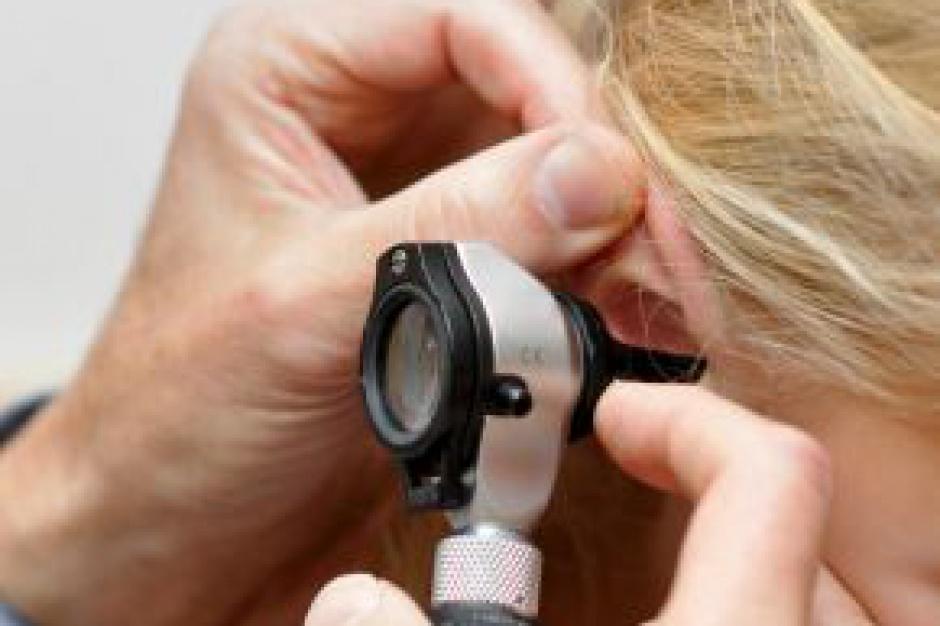 Badania przesiewowe słuchu na obszarach wiejskich bardzo potrzebne