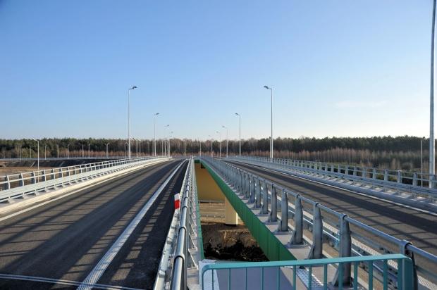 Łódzkie: 560 mln zł z UE namodernizację dróg wojewódzkich