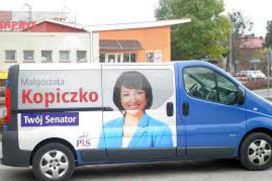 Wybory parlamentarne: powiatowa radna senatorem na Mazurach