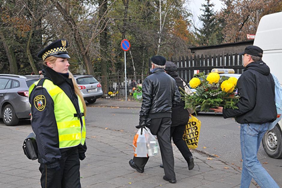 """Akcja """"Znicz 2015""""  już od 30 października"""