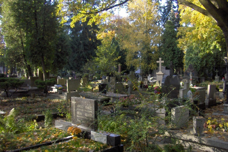 W kweście na rzecz łódzkiego Starego Cmentarza zebrano 92 tys. zł