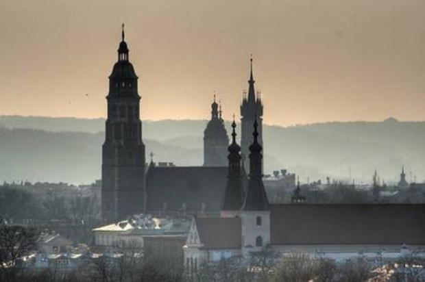 Smog, Kraków: silny wiatr oczyścił powietrze nad Krakowem