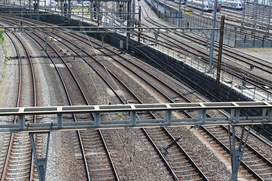 Szybciej koleją z Warszawy do Krakowa i Katowic