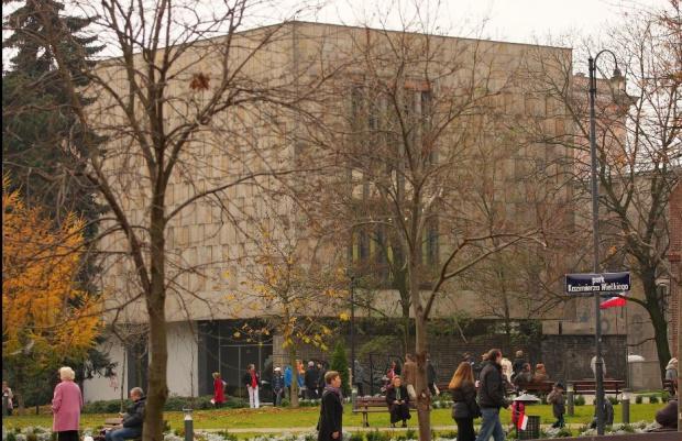 Wystawa retrospektywna Zdzisława Beksińskiego otwarta