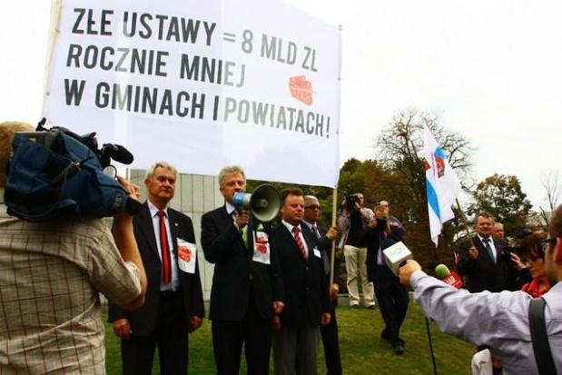 Sejm zajmie się ustawą o dochodach jednostek samorządu terytorialnego. Stawka większa niż 8 mld znowu w grze