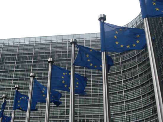 KE nie przewiduje wydłużenia okresu wydawania funduszy UE