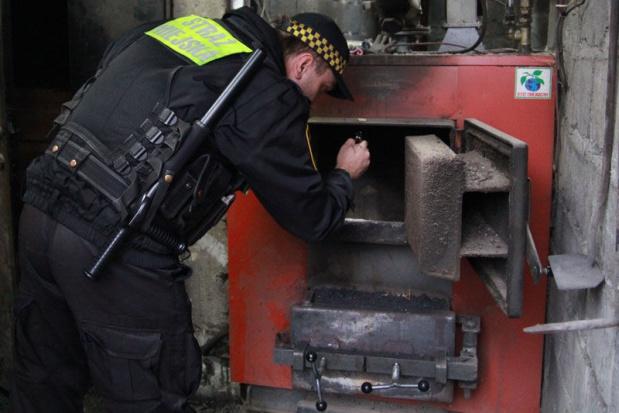 Kraków, smog: strażnicy miejscy kontrolują czym palą mieszkańcy