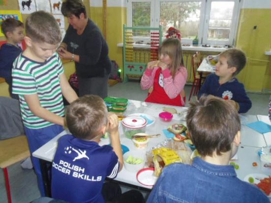 Zalewska: Siedmiolatki do szkół, oddziały przedszkolne do likwidacji