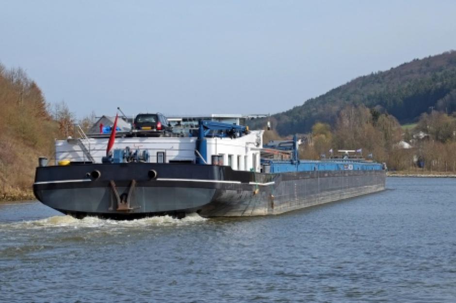 Transport towarów wróci na Wisłę i Odrę?
