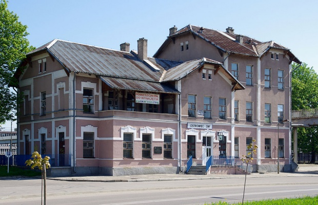 Władze Ostrowca chcą przejąć budynek dworca kolejowego