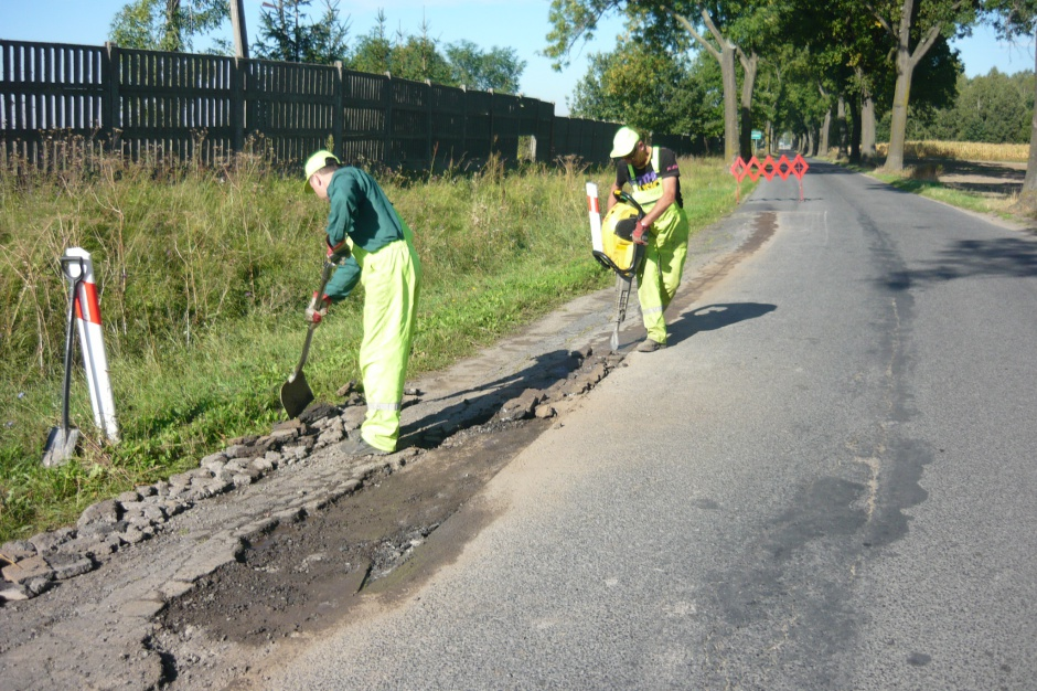 Związki powiatowo-gminne: Nowy twór, stare problemy