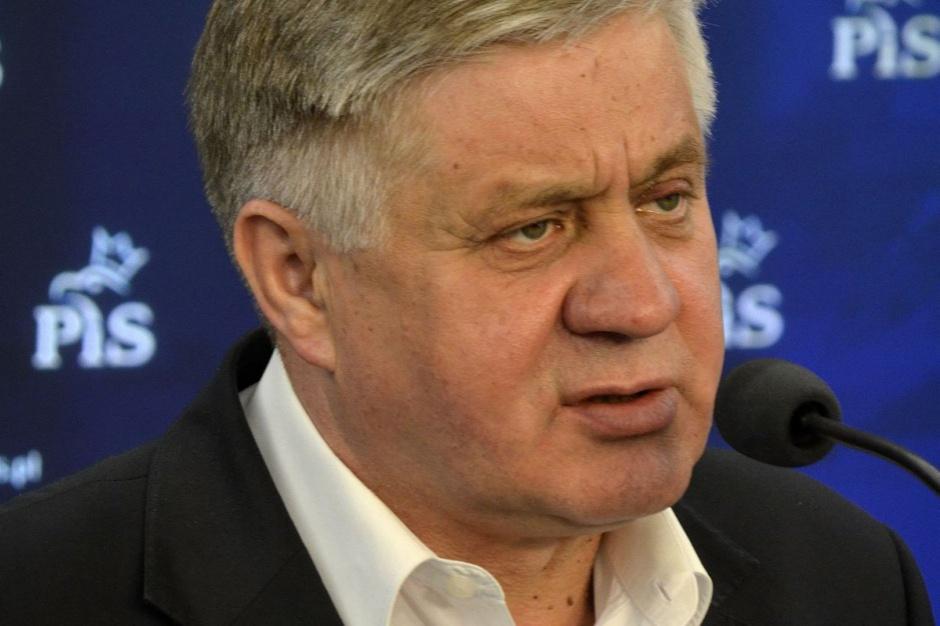 Jurgiel: Powstaną samorządowe towarzystwa ubezpieczeniowe