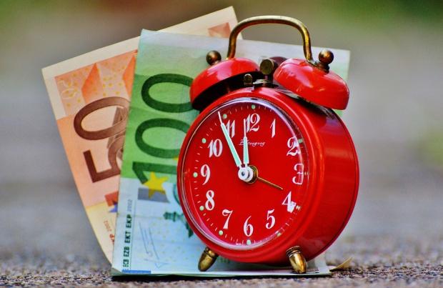 Dochody, budżety: W województwach biedniej, szczególnie w Polsce Wschodniej