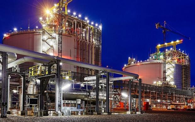 Terminal LNG w Świnoujściu gotowy w maju 2016 r. W Ostrołęce jednak będzie nowy blok?